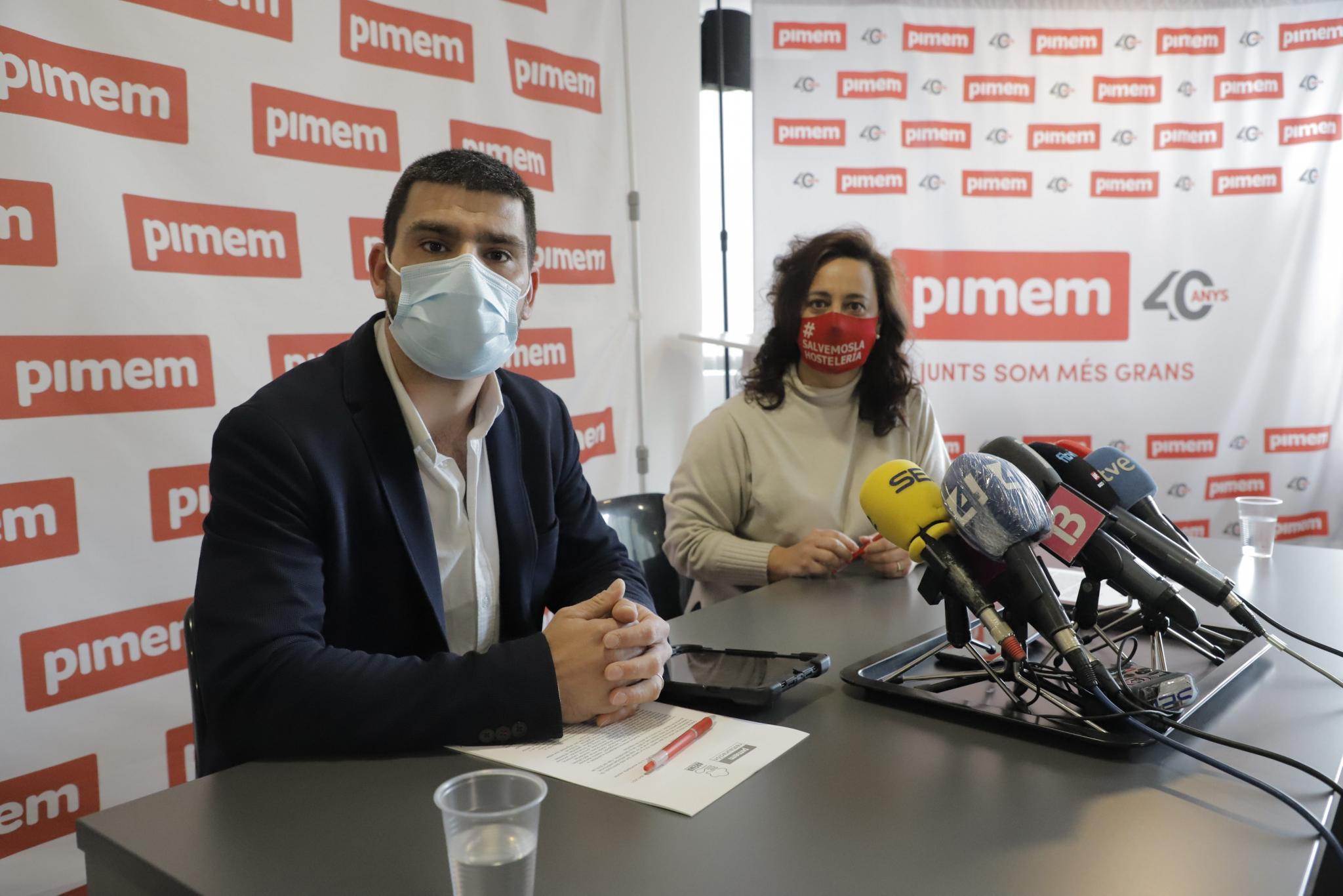 Jaume Colombás, Sprecher des Verbandes Arema, und Eugènia Cusí, Präsidentin von Pimem-Restauración.