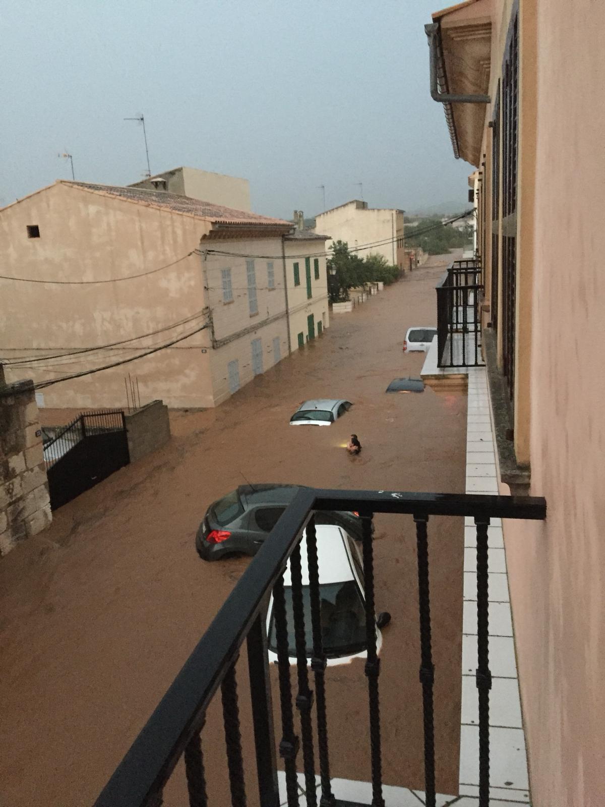 Una tromba de agua deja al menos cuatro fallecidos en Sant Llorenç y Canyamel.
