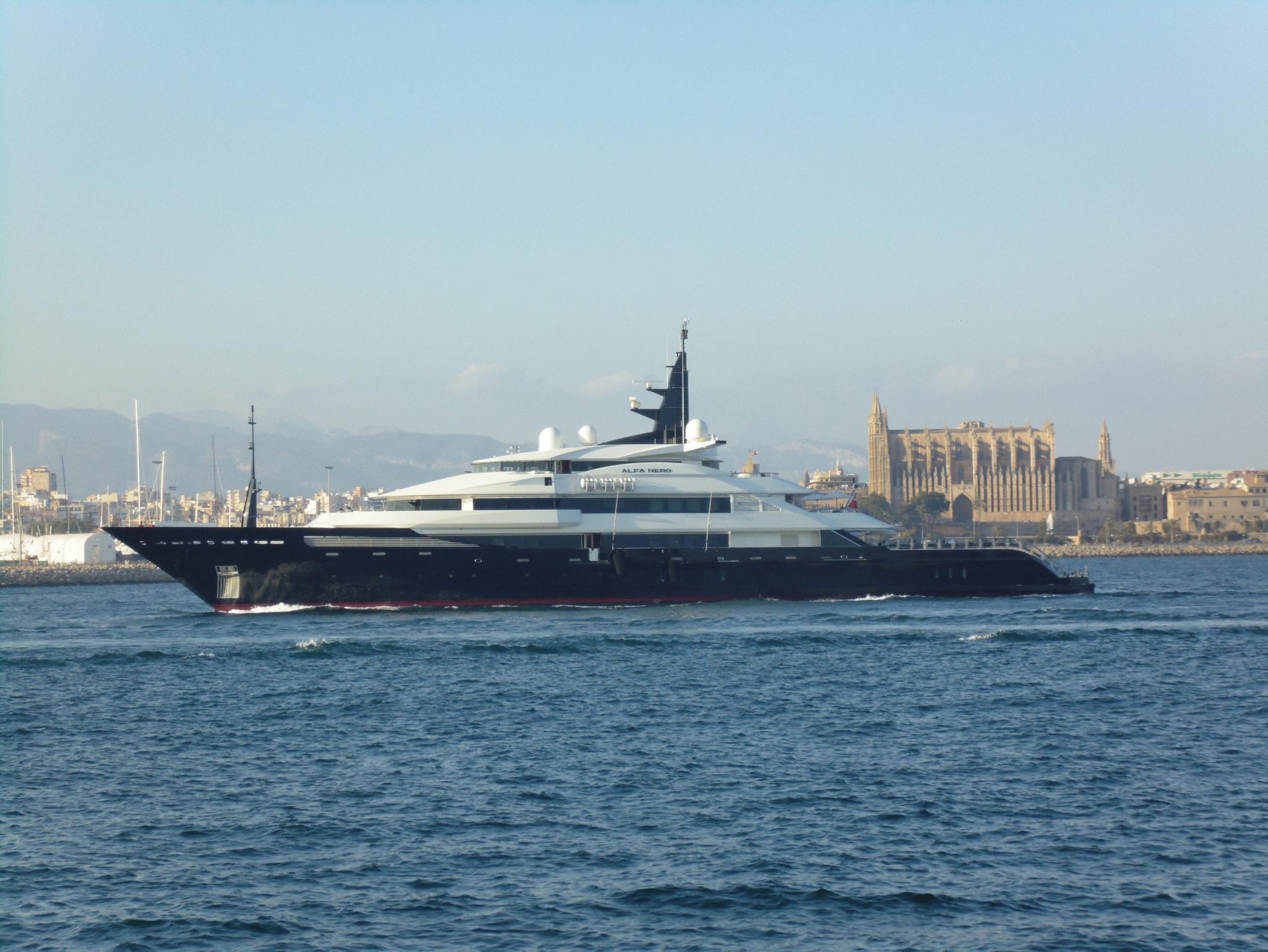 Ferienyacht Von Bill Gates Macht Station In Palma