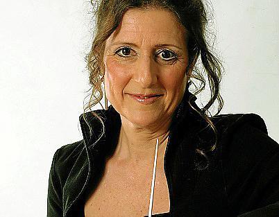 Die Dirigentin Giuliana Retali hat das Konzept der Oper 4.0 entwickelt.