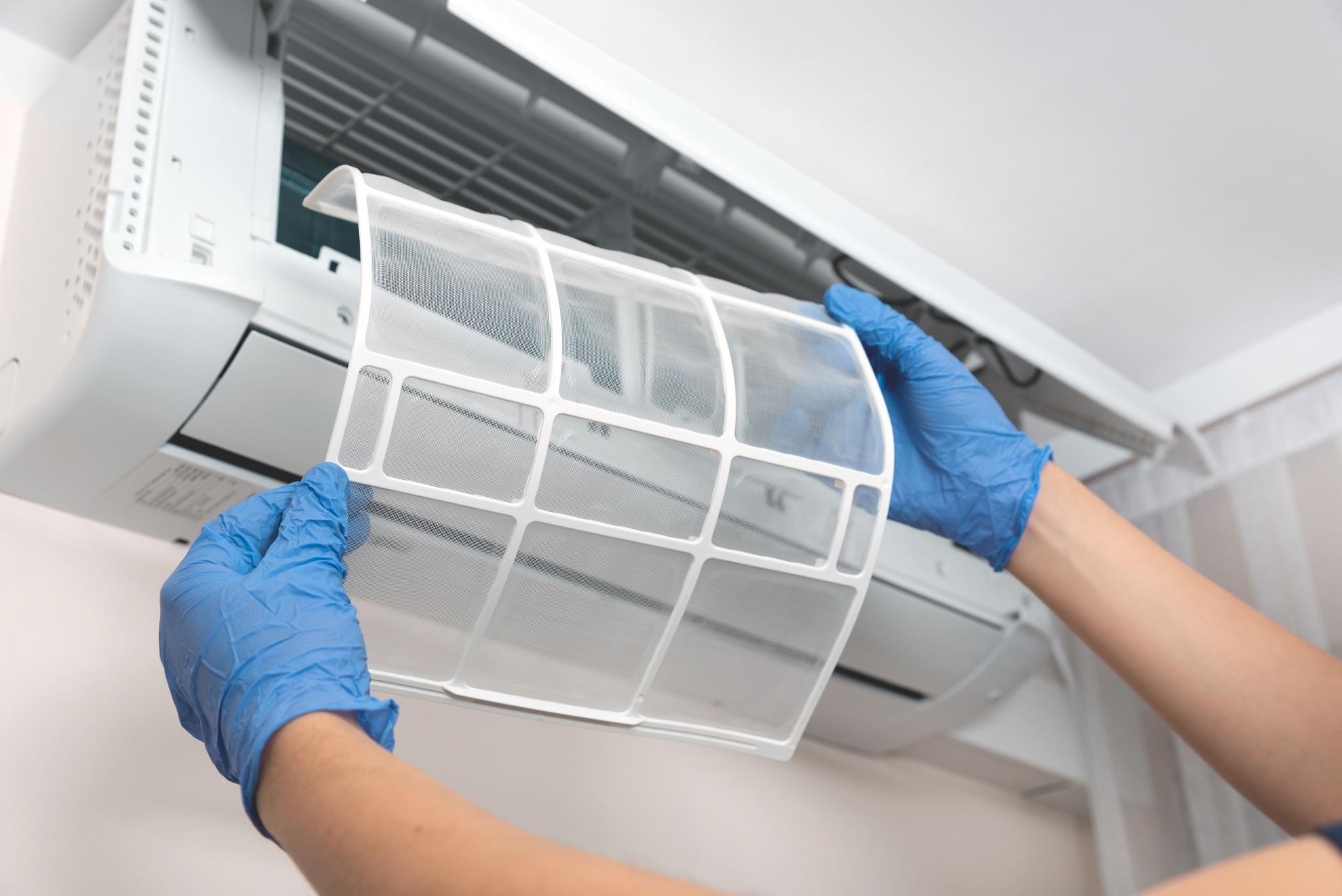 Eine fachgerechte Wartung inklusive Reinigung kann die Partikellast auch von Viren in der Luft deutlich reduzieren.