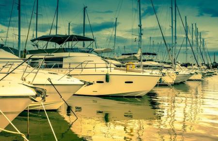 Boote in einem Hafen auf Mallorca.