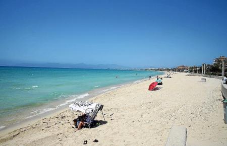 Die Playa de Palma sieht mitunter wie ein einsamer Karibikstrand aus.