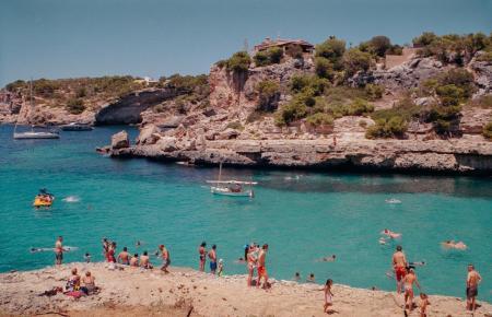 Die Calas auf Mallorca füllen sich mehr und mehr.