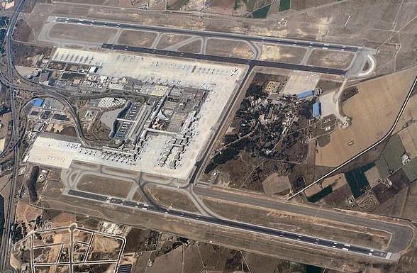 Luftbild vom Flughafen von Mallorca.