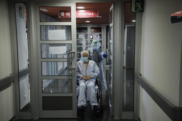 Coronakranker im Son-Espases-Hospital.