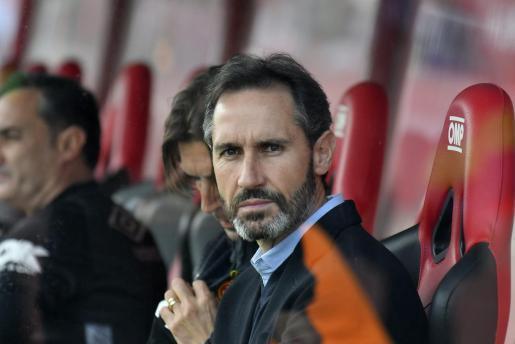 Trainer Vicente Moreno hat Real Mallorca von der dritten in die erste Liga geführt, jetzt scheint es wieder runter zu gehen.