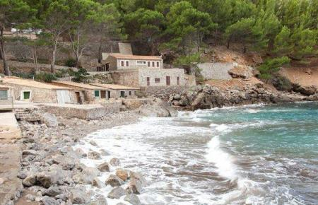 Der Steinstrand von Sa Calobra.