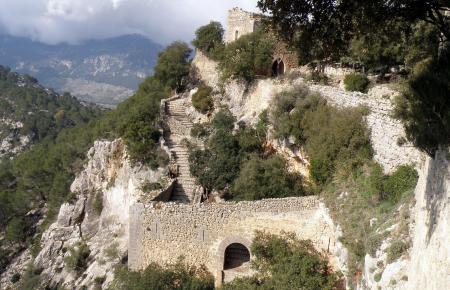 Eigentlich sollte der Inselrat das Gelände des Castell d'Alaró mit einem Zuschuss der Balearen-Regierung kaufen.