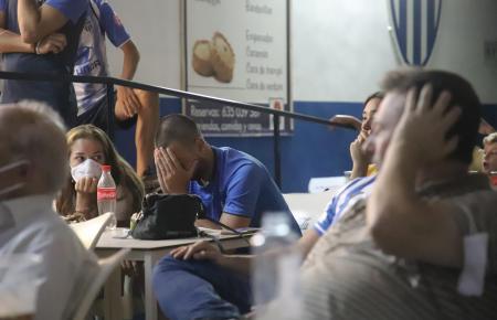 Fassungslosigkeit und Frust herrschten bei den Atlético-Baleares-Fans, die das Spiel in Palma in Bars und Restaurants verfolgten.