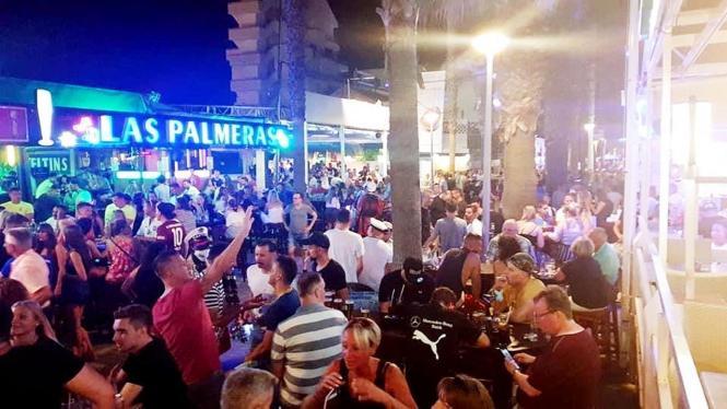 So ging es am 10. Juli auf der Bierstraße an der Playa de Palma zu.