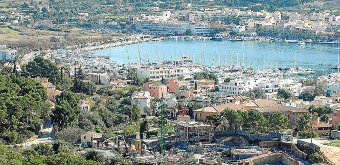 Blick auf die Monport-Anlage in Port d'Andratx.