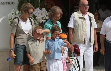 Bilder aus besseren Zeiten: Die Königsfamilie im Hafen von Palma.