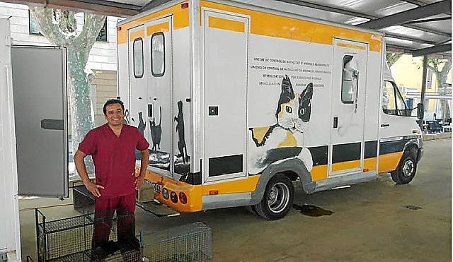 Tierärzte operierten 2019 insgesamt 1200 Straßenkatzen im Kastrationsmobil von Baldea.