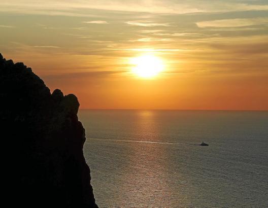 Wenn sie Sonne auf- oder untergeht, fúhlt man sich momentan besser.