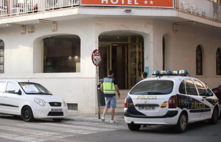 Auch in diesem Hotel wurden die Polizisten vorstellig.
