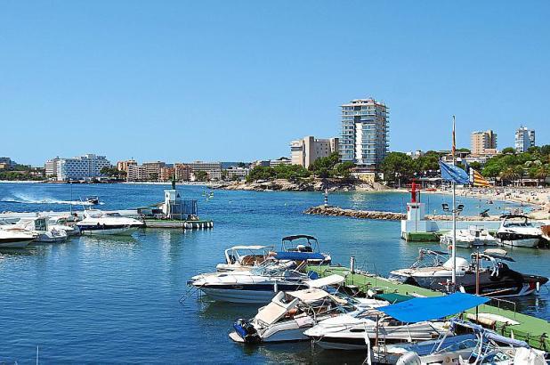 Auch im Urlauberort Palmanova könnten bald Hotels zum Verkauf stehen.