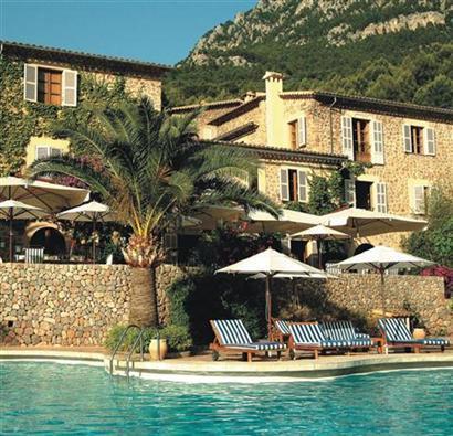 Blick auf das Hotel La Residencia.