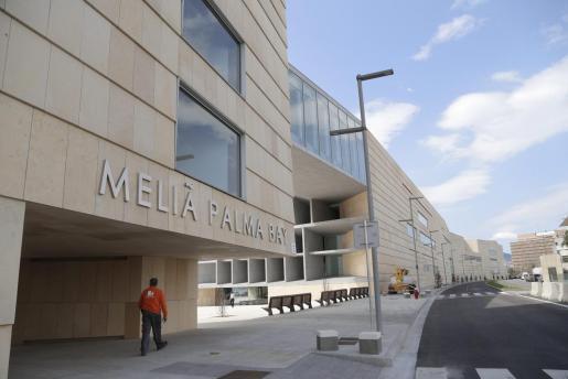 Blick auf das Melià-Palma-Bay-Hotel.