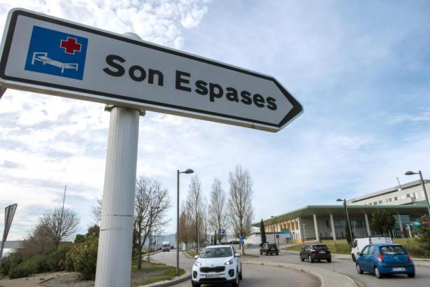 Der Verletzte wird nun im Krankenhaus Son Espases behandelt.