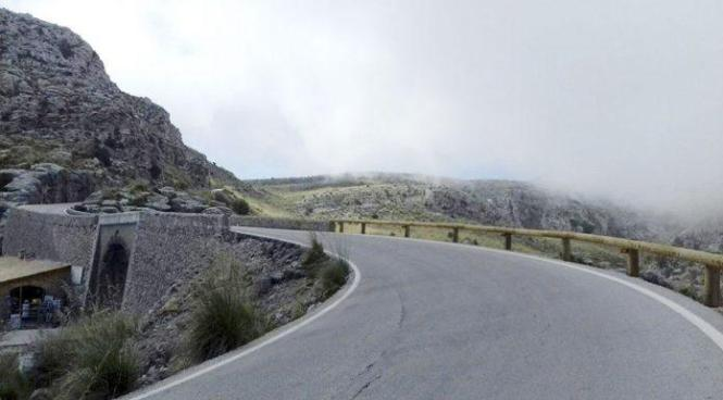 Die Ma-10 durchquert die gesamte Serra de Tramuntana.