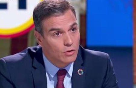 Ministerpräsident Sánchez während des Interviews.