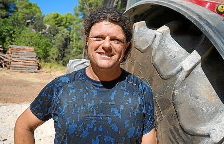 Mateu Valls hat seinen Beamtenjob aufgegeben, weil er an die Zukunft der Biomasse glaubt.