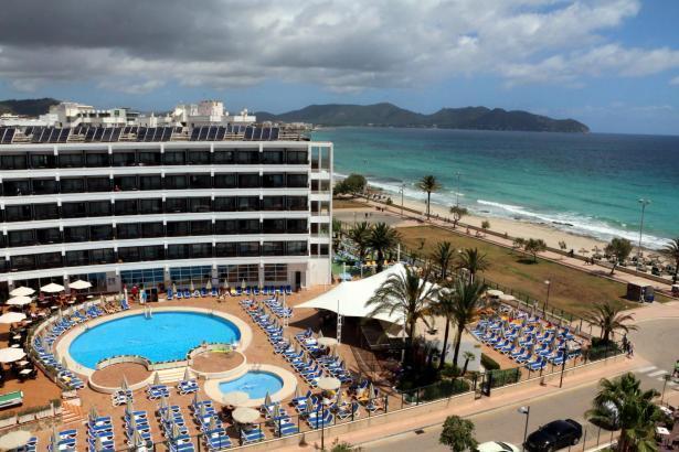 Das Hotel Sumba in Cala Millor gehört Alltours.