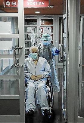 Corona-Patient in einem Krankenhaus auf Mallorca.