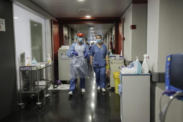 Eine Krankenhausszene aus dem Klinikum Son Espases.