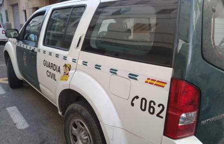 Blick auf ein Einsatzfahrzeug der Guardia Civil.