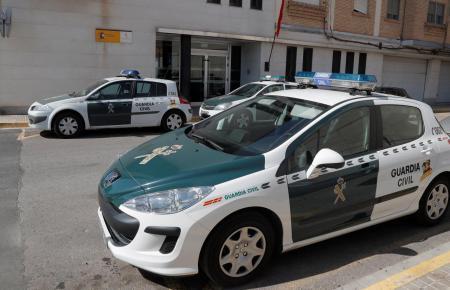Die Guardia Civil fahndet nach den Bankräubern.