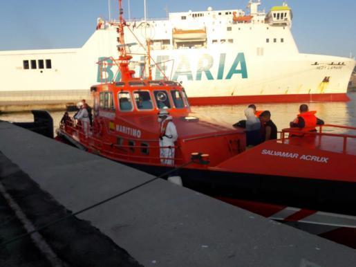 Die meisten aufgegriffenen Flüchtlinge wurden in den Hafen von Palma gebracht.
