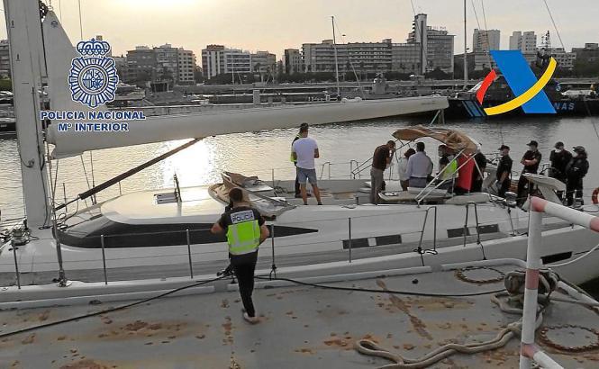 In den Yachten wurden über 30 Tonnen Haschisch sichergestellt.