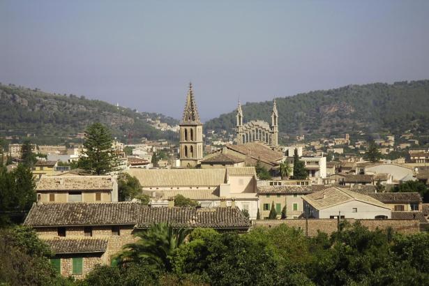Blick auf Sóller im Nordwesten von Mallorca.