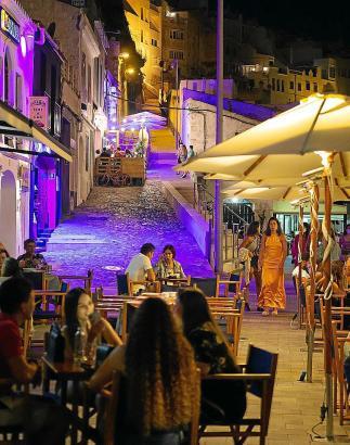 Die Lokale müssen auf den Balearen momentan nachts um 1 Uhr schließen.