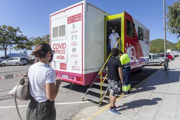 Mobile Testeinheit auf Ibiza.