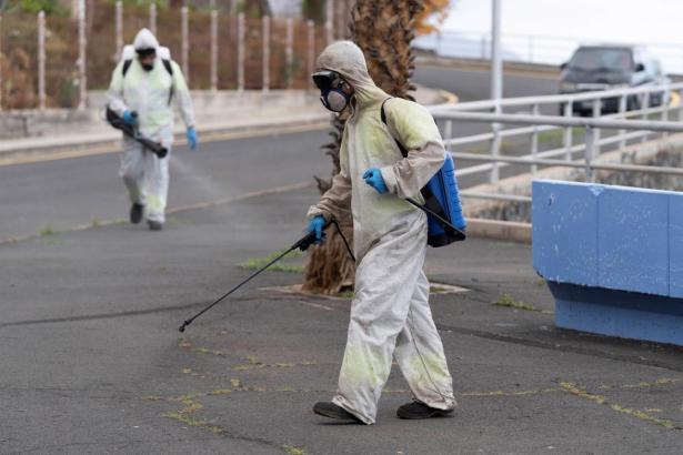 Desinfektionsarbeiten auf Mallorca.