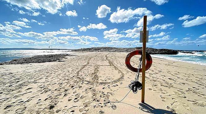 Am beliebten Strand Platja de Ses Illetes reihen sich im Spätsommer eigentlich die Handtücher aneinander.