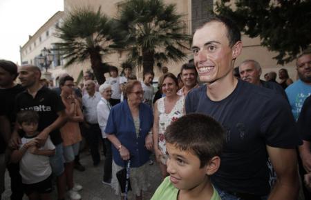 Nach seinem zweiten Platz bei der Vuelta 2018 wurde Enric Mas zu Hause in Artà von vielen Fans gefeiert.