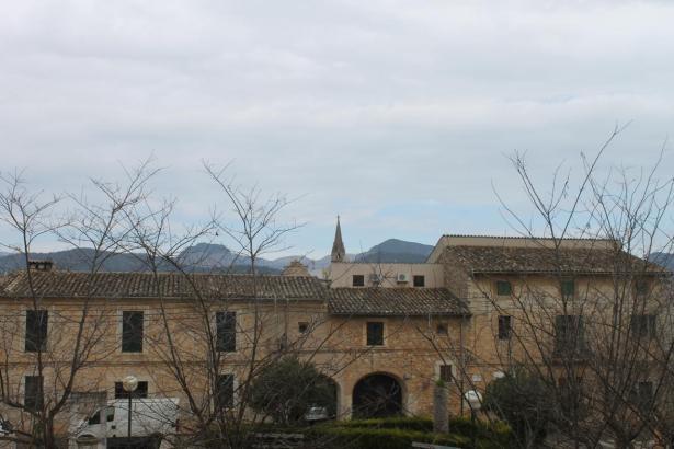 Blick auf den Weinort Binissalem.