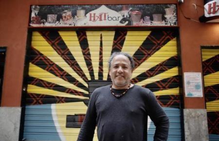 Es sei ganz anders gewesen, so der Besitzer von Palmas Hat-Bar. Man hatte ihm vorgeworfen, die nächtliche Sperrstunde missachtet zu haben.