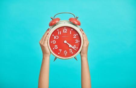 In der Nacht zum Sonntag werden die Uhren um eine Stunde zurückgestellt.