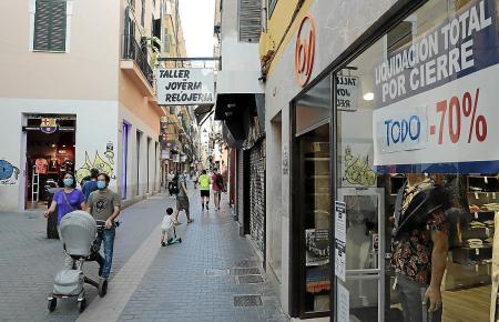 Der Umsatz in Geschäften und Restaurants ist um bis zu 70 Prozent zurückgegangen.