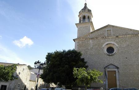 MANCOR DE LA VALL - VISTA GENERAL DEL CAMPANARIO DE LA IGLESIA DE SANT JOAN BAPTISTA.