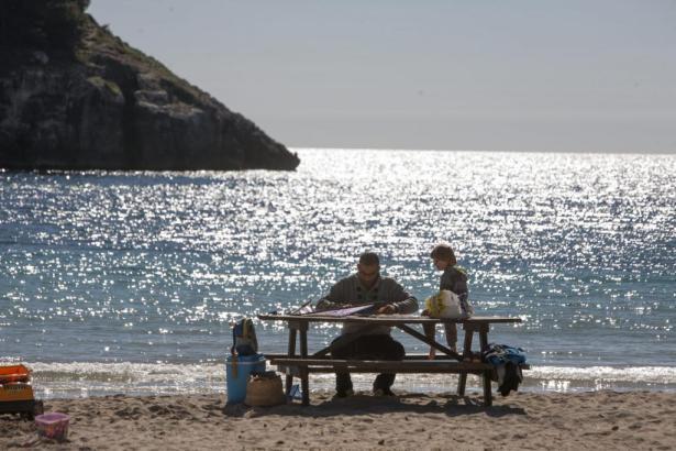 Picknick am Strand: Davon kann man in Deutschland zurzeit nur träumen.