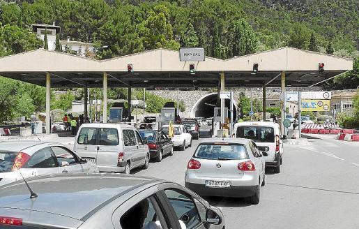 Oft stauten sich die Autoschlangen vor dem Sóller-Tunnel. Er gehörte zu den teuersten Europas. Jetzt kommen die Anlagen entgültig weg.