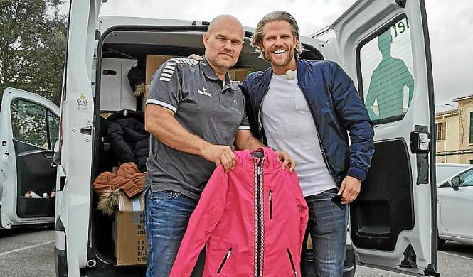 Michael Busse mit Ex-Bachelor Paul Janke. Als nächstes plant Busse eine große Lebensmittel-Spendenaktion.