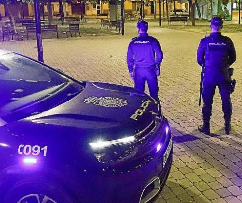 Nationalpolizisten im Einsatz.