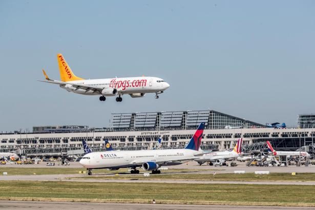 Blick auf den Flughafen Stuttgart.